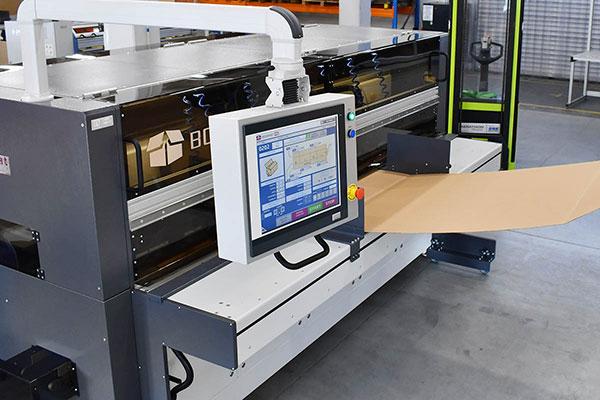 Boxmaker-Boxmat-HD-fanfold-1