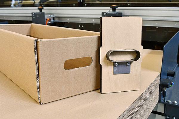 Boxmaker-Boxmat-HD-handles-cutting